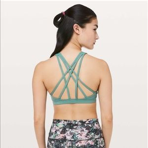 Lululemon Free To Be Serene Bra *High Neck